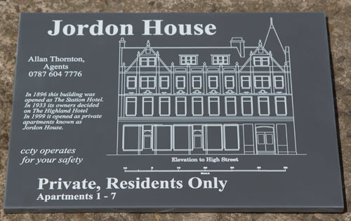 Engraved apartment sign