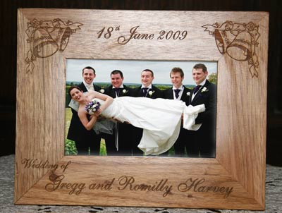 Personalized Wooden Photo Frames | Gift Ideas