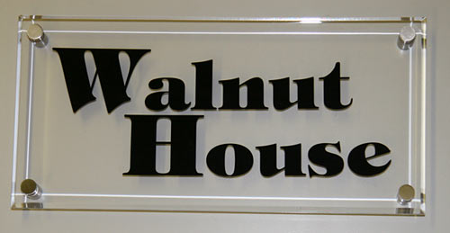 Glass like clear acrylic house signs home name plates for Images of name plate designs for home