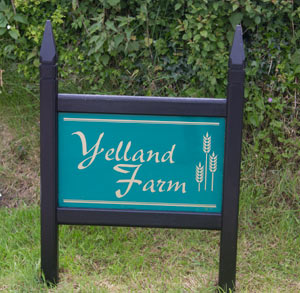 Oak Framed Entrance Signs