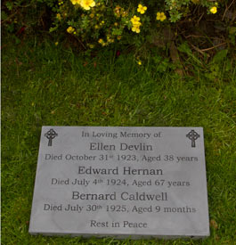 Slate memorial with black lettering - 50mm thick