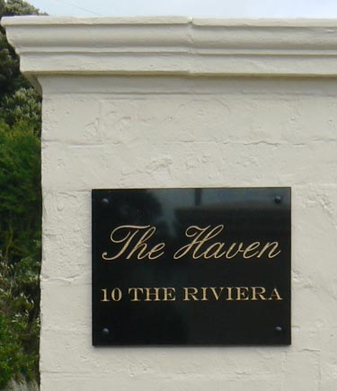 Marble granite house signs name plates the sign maker for Classic house name plates